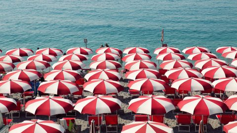 60 sizzling summer email subject lines for retailers
